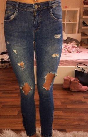 Zara Jeans zerrissen Gr. 36
