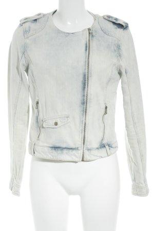 Zara Jeansjacke wollweiß-blau Farbverlauf Street-Fashion-Look