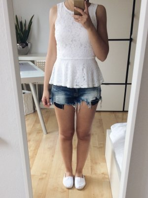 Zara Jeansshorts Shorts Hotpants distressed ripped zerrissen Gr. 36