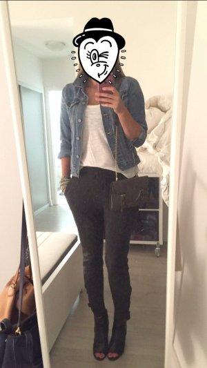 Zara Jogging Style Hose mit Schnallen unten Große M