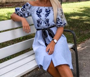 Zara Robe épaules nues bleu clair-bleu coton