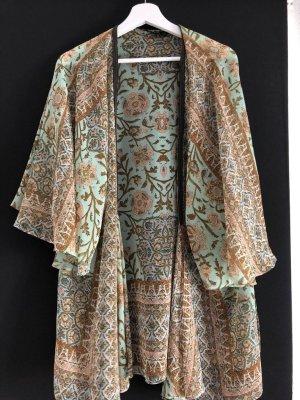 Zara Chemisier kimono beige-vert pâle