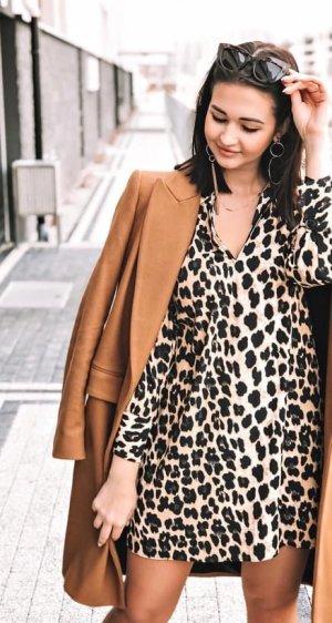 c859e774700054 Zara Kleid Bluse AnimalPrint Blogger Dress Leo Print