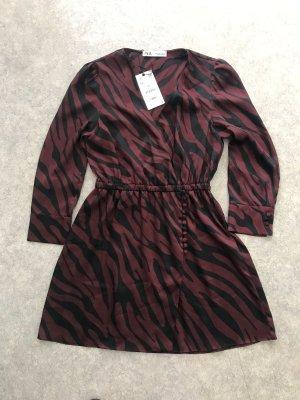 Zara Kleid Blusenkleid Wickeloptik Animalprint mit Knöpfen M