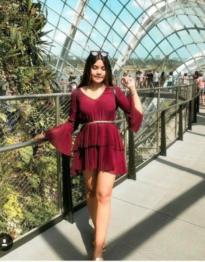 Zara Kleid Dress minikleid Blogger mit volant
