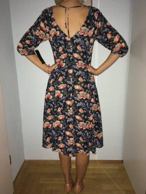 Zara Kleid Größe XS !!!Neu!!!