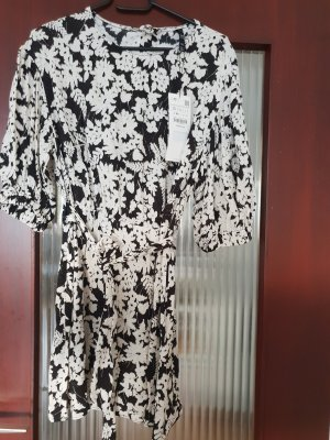 Zara Kleid Mini Kleid Blogger mit Print Sommerkleid