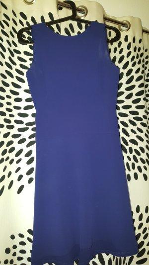 Zara Kleid mit Rückenausschnitt