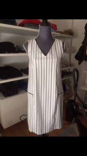 Zara Kleid mit senkrechten Streifen