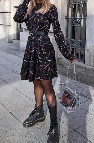 Zara Kleid mit Volant schwarz Blogger Dress