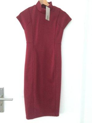 Zara Robe bordeau-rouge carmin