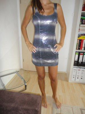 Zara Kleid neuwertig Rückenfrei