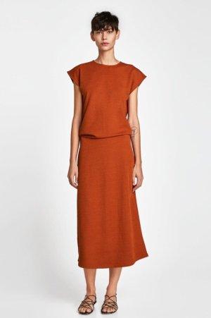 Zara Vestido a media pierna coñac-bermejo