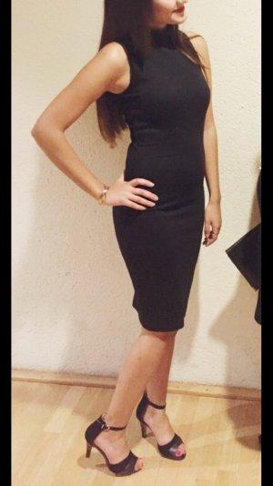 Zara Kleid schwarz Midi