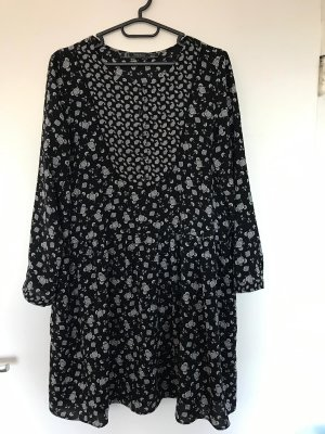 Zara Trafaluc Vestido peplum blanco-negro