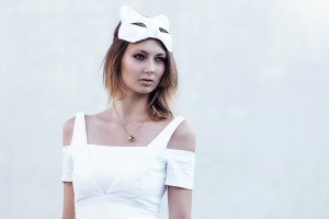 Zara Kleid Weiß Schulterfrei XS