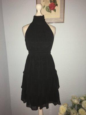Zara kleines klassisches schwarzes Kleid G34
