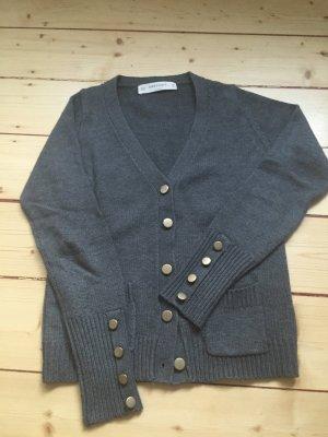 Zara Knit - kuschelige Strickjacke mit schicken Knöpfen - Größe M