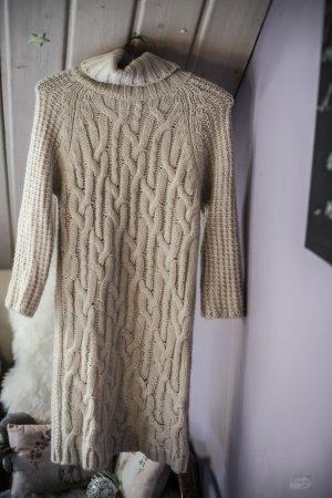 Zara Knit Longpulli, auch als Strickkleid