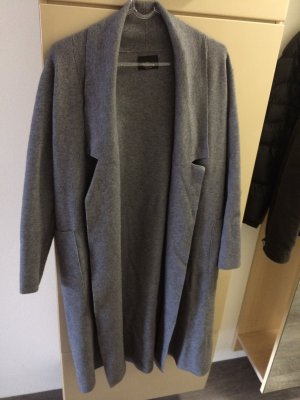Zara Knit Mantel in Grau