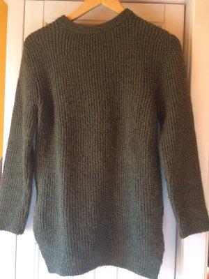 Zara Knit Pullover khakigrün mit glänzenden Fäden