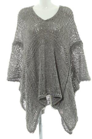 Zara Knit Strickponcho graugrün Lochstrickmuster Casual-Look