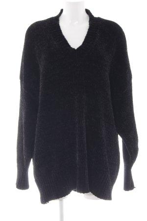 Zara Knit V-Ausschnitt-Pullover schwarz Street-Fashion-Look