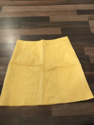 Zara Basic Falda de cuero amarillo-amarillo neón
