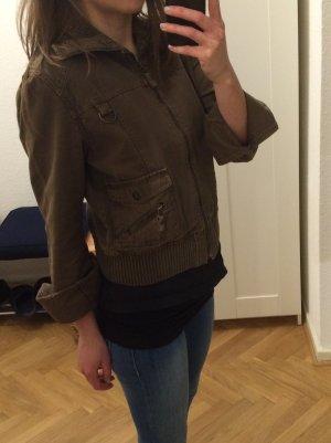 ZARA kurze Jacke braun Größe M