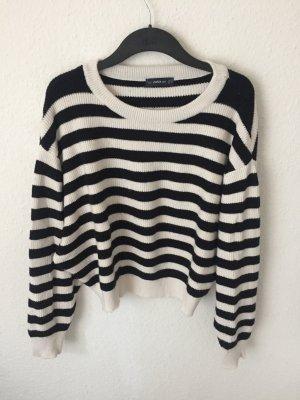 Zara kurzer Pullover gestreift