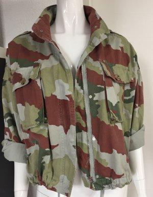 ZARA lässige oversized Camouflage Jacke Gr. S