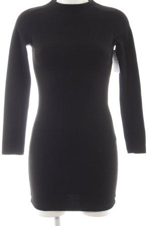 Zara Langarmkleid schwarz schlichter Stil