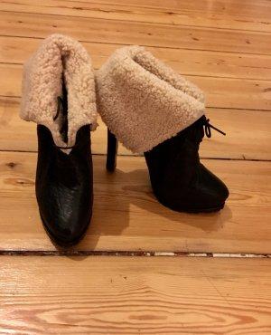 Zara Leder-Boots mit Fell  / Ungetragen / High Heel