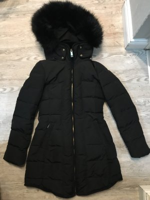 Zara Abrigo de plumón negro