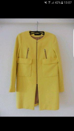 Zara Mantel in gelb Grösse S