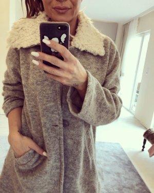 Zara Manteau en fausse fourrure argenté