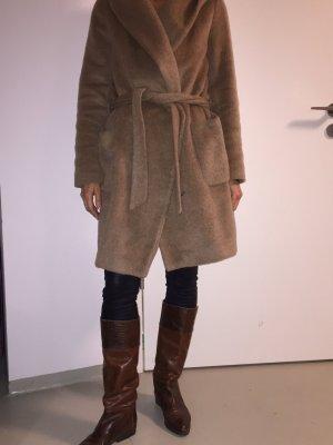 Zara Mantel mit Kapuze