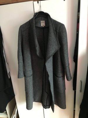 Zara Mantel Wintermantel sehr warm grau kuschelig M