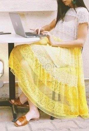 Zara Maxikleid Häkelkleid Midikleid Spitzenkleid gelb boho Hippie Blogger
