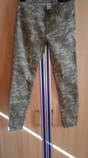 Zara Military camouflage Röhrehose Größe 38