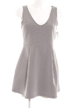 Zara Minikleid weiß-schwarz Streifenmuster Skater-Look