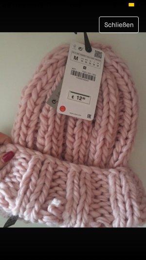 Zara Sombrero de punto rosa