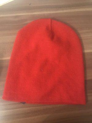 Zara Casquette rouge