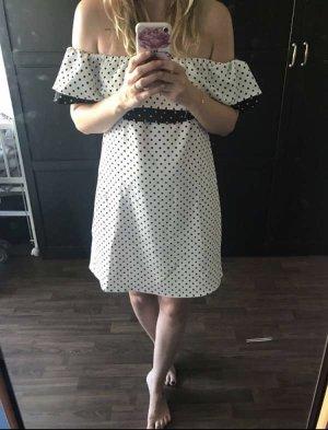 Zara Off-Shoulder Kleid