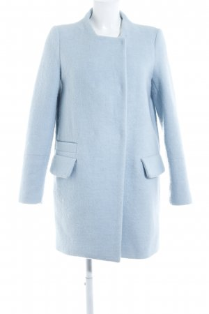 Zara Oversized Mantel babyblau Street-Fashion-Look