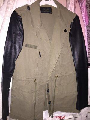 Zara Parka Khaki mit schwarzen Lederärmeln S