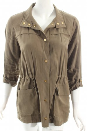 Zara Parka khaki Street-Fashion-Look