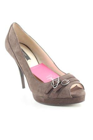 Zara Tacones con punta abierta marrón oscuro estilo clásico