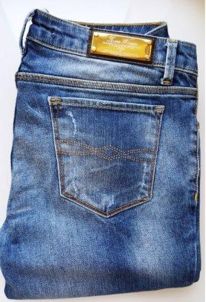 Zara Premium Jeans, Regular-Fit, used-look, destroyed mit Strass, Gr. 36