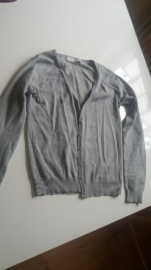 Zara Pullover in Small